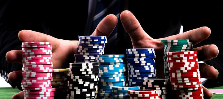 Pokerspelare delar sina bästa tips